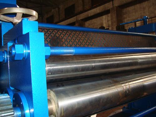 金属板压花机的维修和保护方法